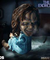 MEZ42010--Exorcist-Regan-Designer-Series-FigureF